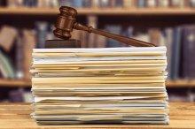 Defensoria garante no STJ direito a prisão domiciliar para assistida mãe de menores de 12 anos