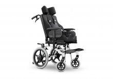 Após ação da Defensoria, Justiça determina que Município forneça cadeira de rodas para criança