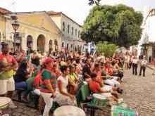 Primeira edição do Projeto Quinta de Arte e Inclusão Social de 2020 com muito samba e marchas carnavalescas