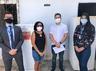 Defensoria e Equatorial entregam geladeiras em comunidades do São Cristóvão e Olho D'Água